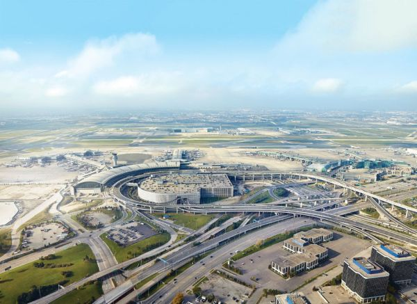 https://www.thestar.com/news/canada/2017/03/29/pearson-airport-hopes-ownership-change-can-fuel-regional-transit.html
